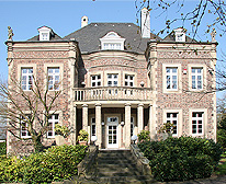 Manor with self-contained apartment in Düsseldorf - Kaiserswerth